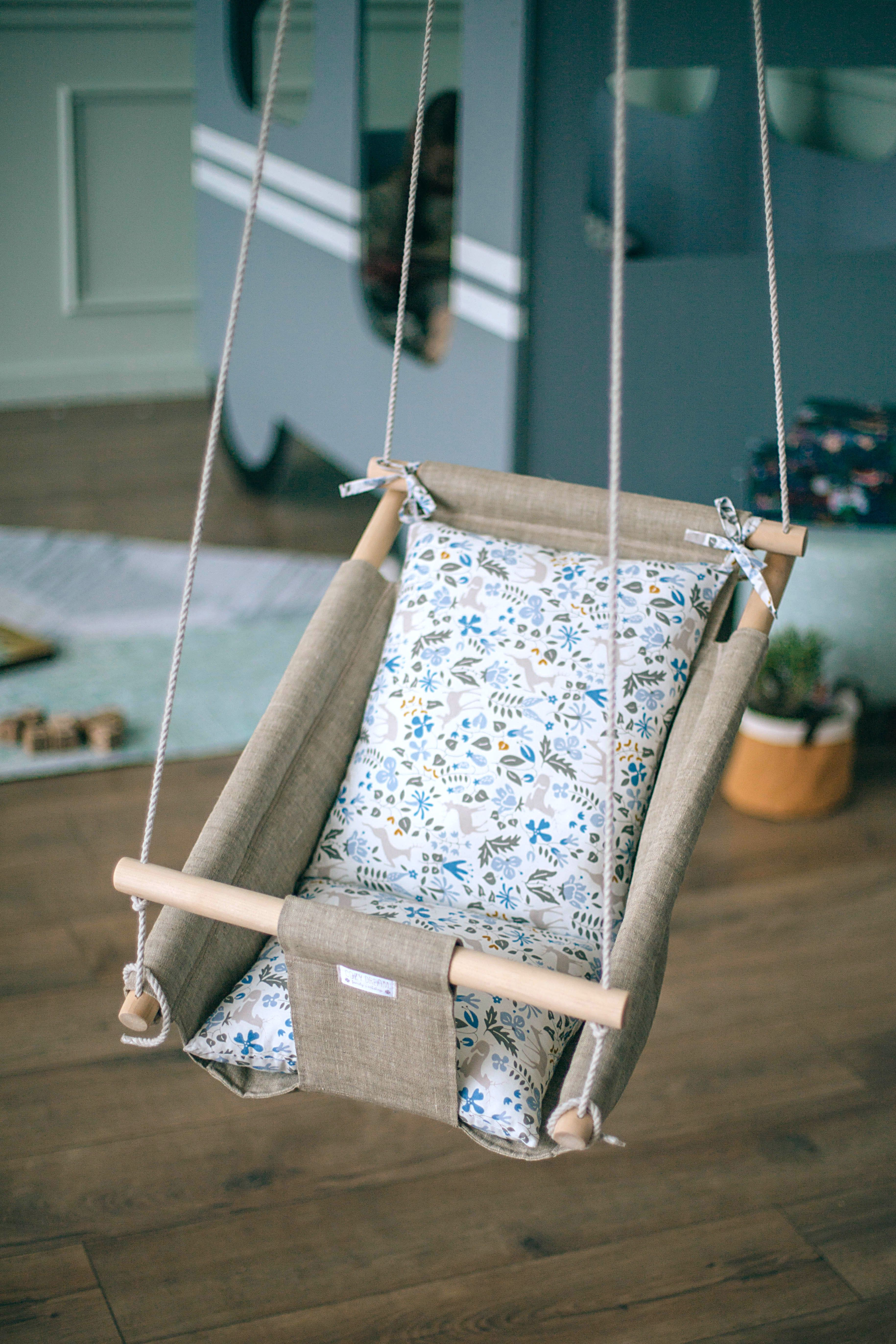 Stylish swing. Organic baby lounger. Linen bedding