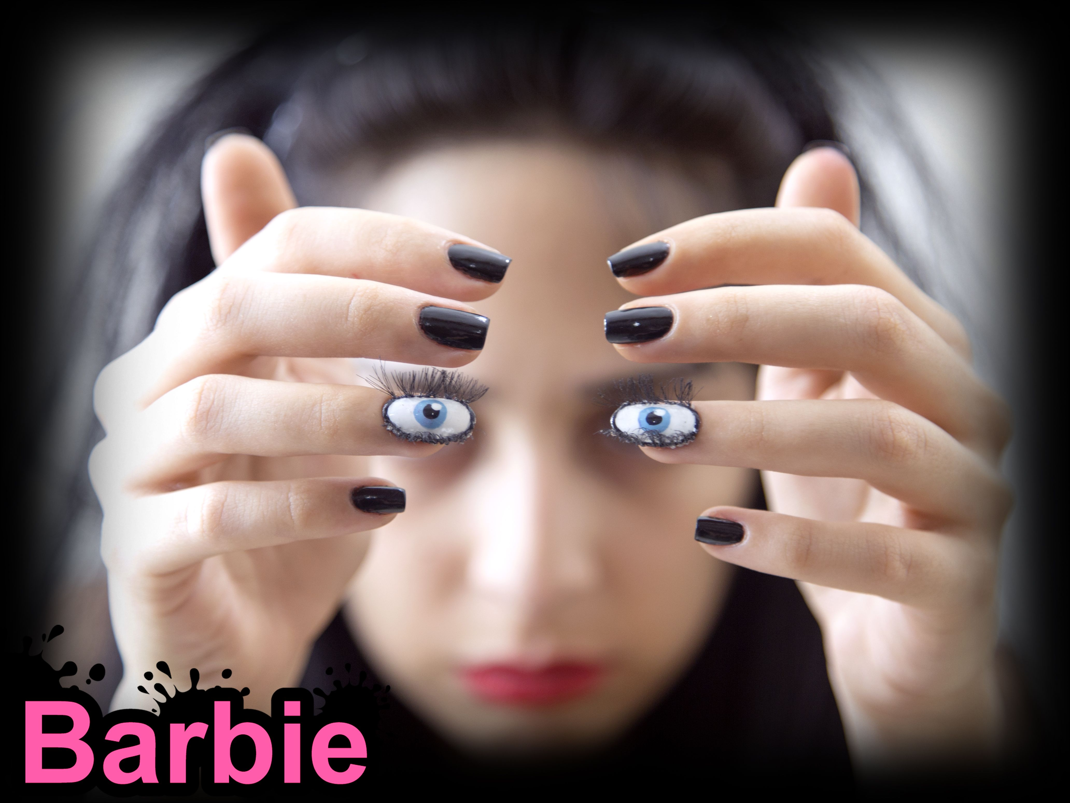 Eye Nails - 3D nail design Shaped like realistic blue eyes with ...
