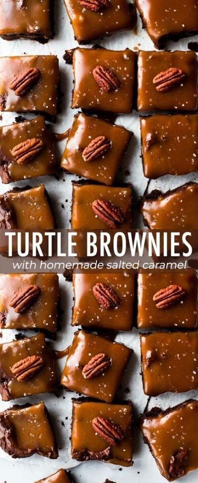 30 Festive Brownies You Need for Christmas Dessert #turtlebrownies