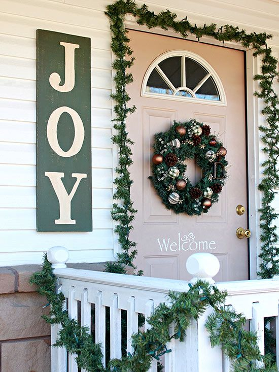 Holiday-Inspired Outdoor Decorating That Lasts Christmas Crafts