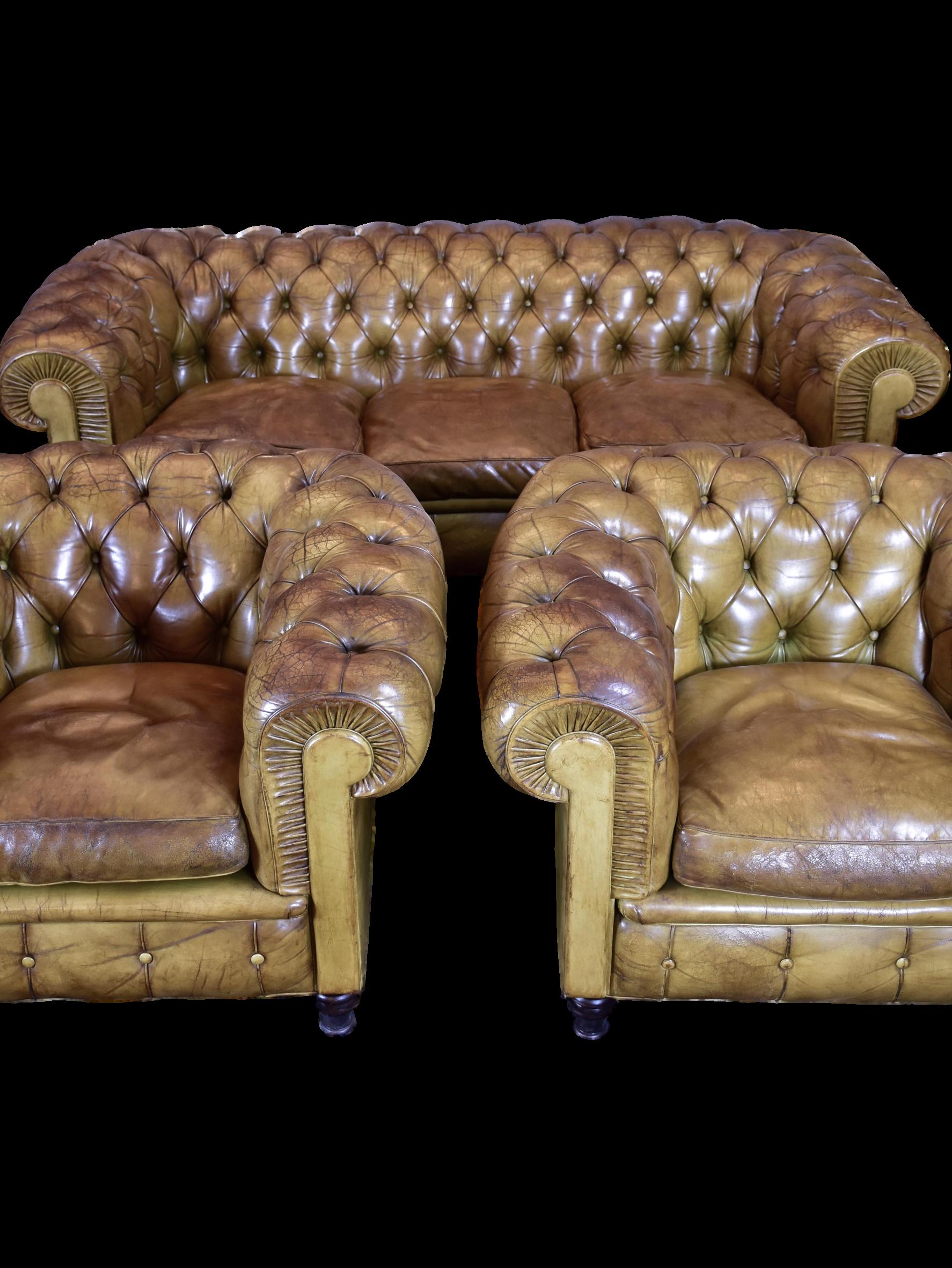 Italian Poltrona Frau Chesterfield Set Two Armchairs And Sofa Rustic Furniture Diy Furniture Chesterfield Sofa