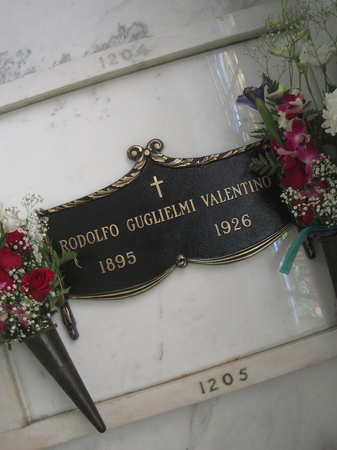 Rudolph Valentino - 86 years gone today.