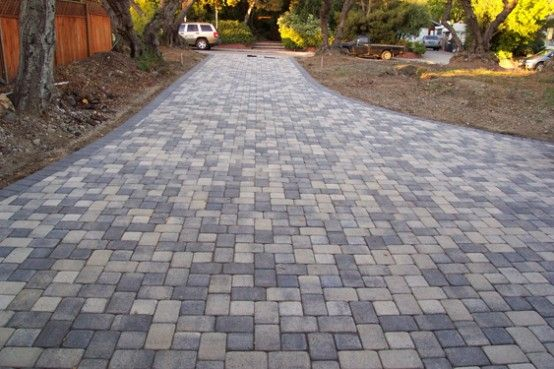 15 Paving Stone Driveway Design Ideas Digsdigs Driveway Design Driveway Landscaping Driveway Paving Stones