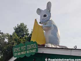 Atomic Mouse In Memphis American Road Trip Trip Ringgold