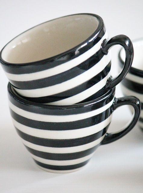 espresso tasse bunzlauer keramik b w espresso cups white houses und white cottage. Black Bedroom Furniture Sets. Home Design Ideas