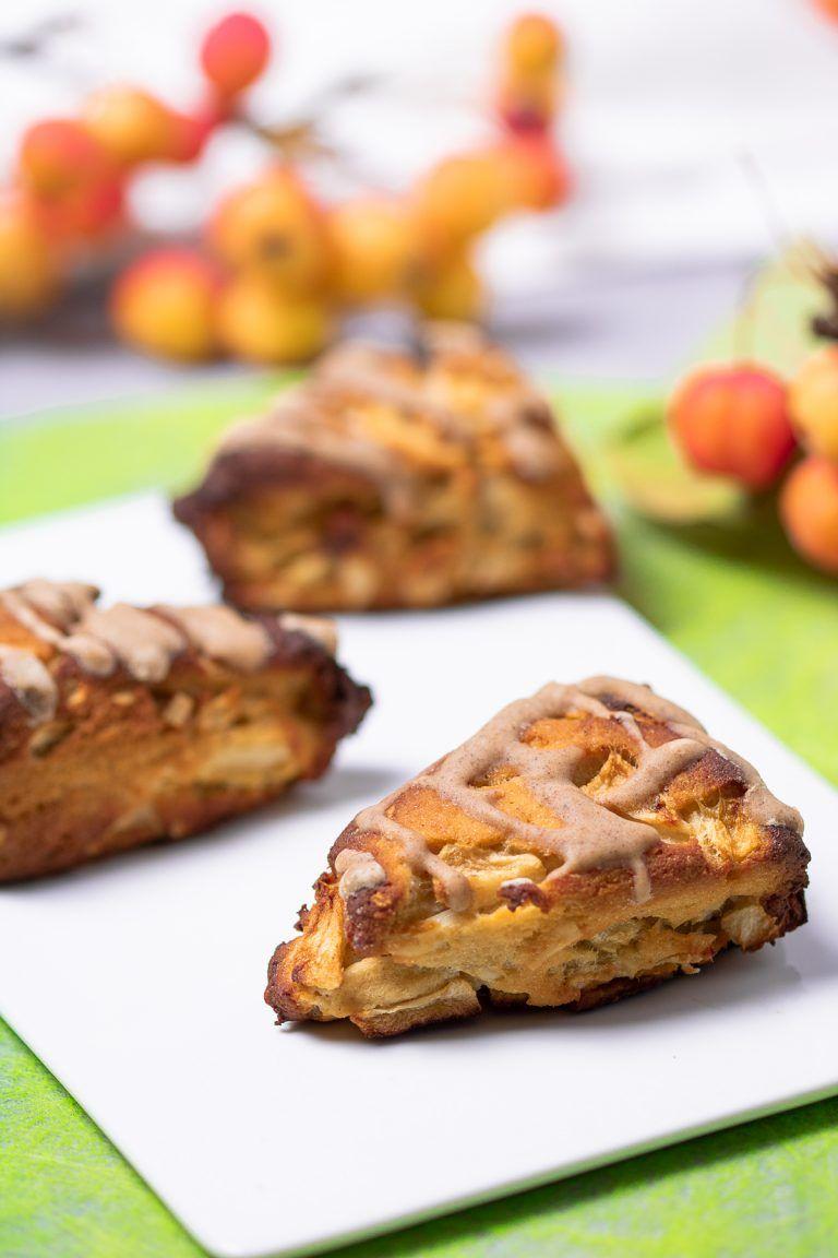 Low Carb Apfel-Scones mit Mandeln