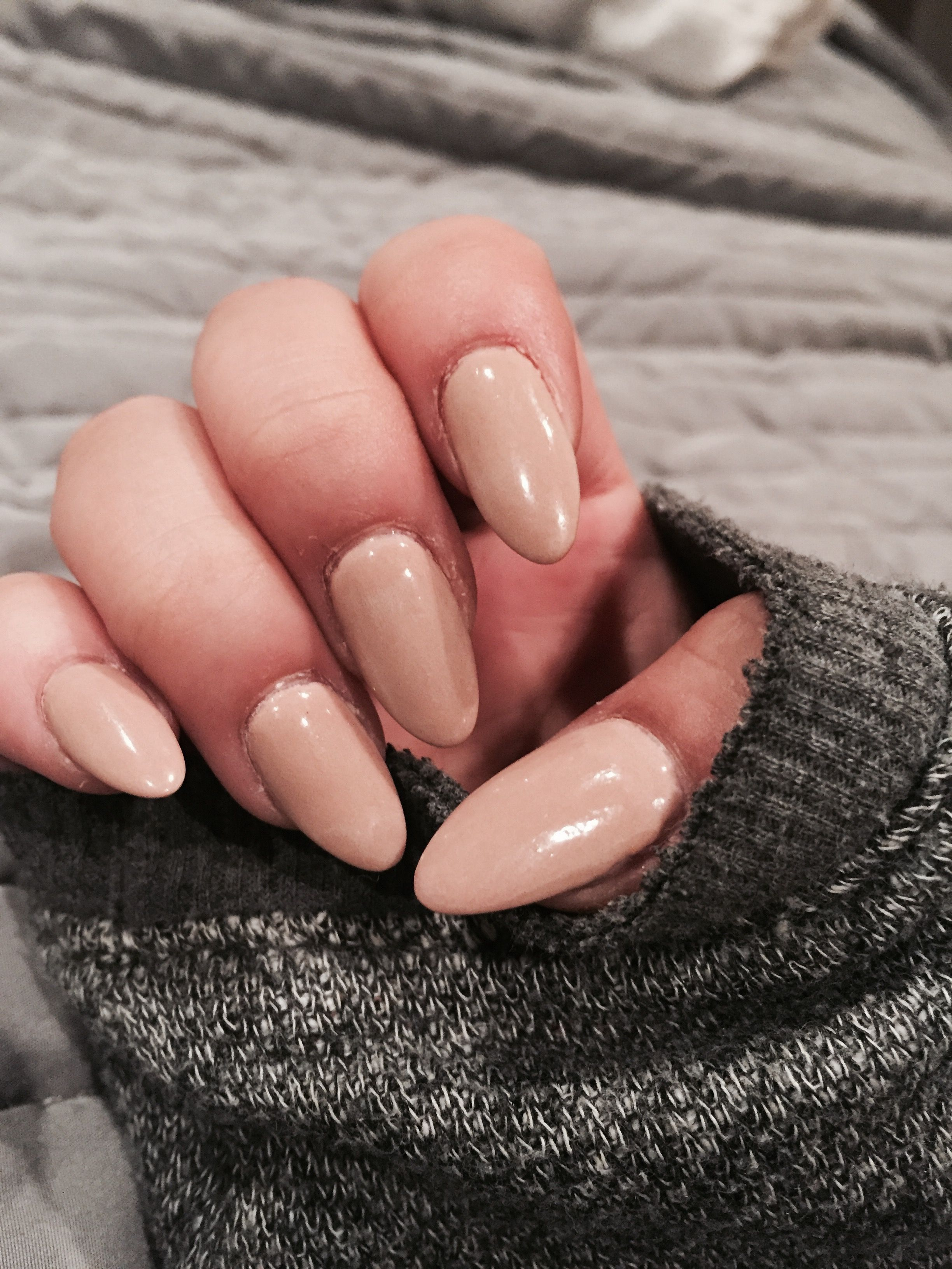 Neutral nude nails shape long almond pointed round cute nex gen ...