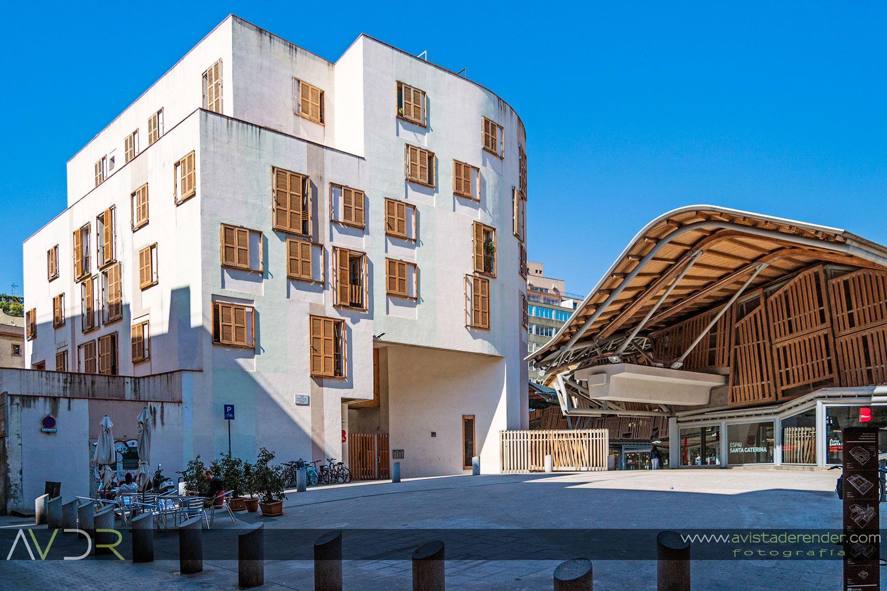 Mercat De Santa Caterina Y Viviendas Sociales Para Gente Mayor