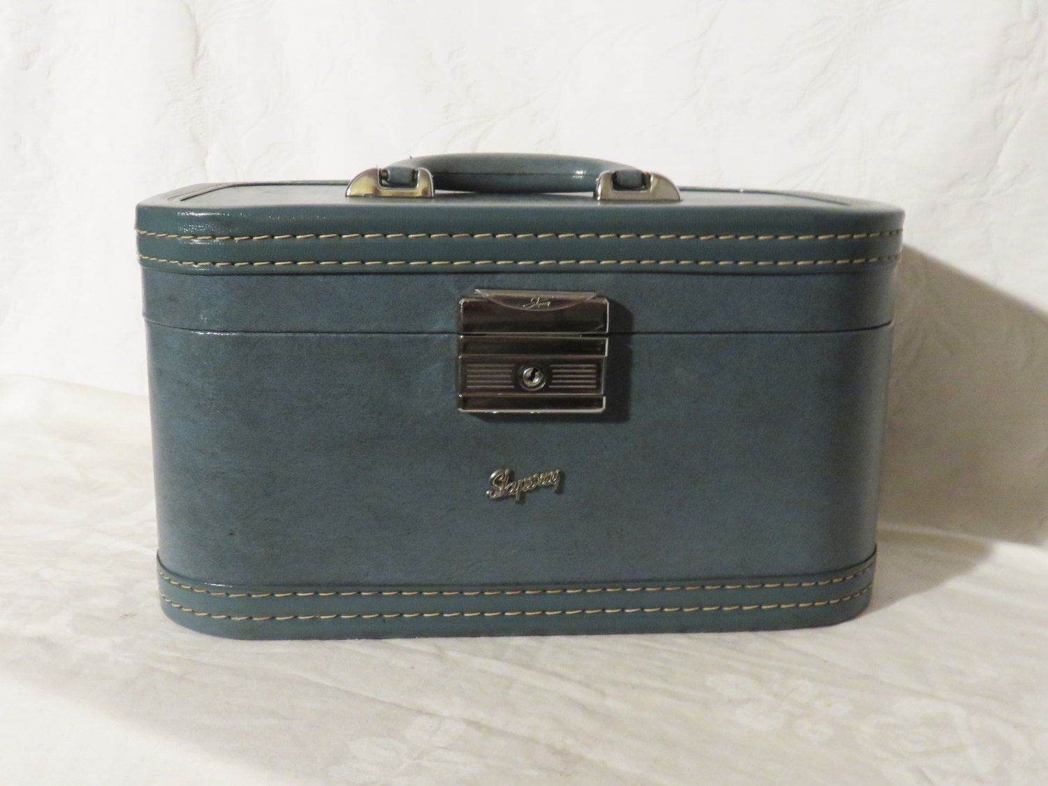 Skyway Train Case, Small Suitcase, 1950s Vintage Luggage, Hard ...