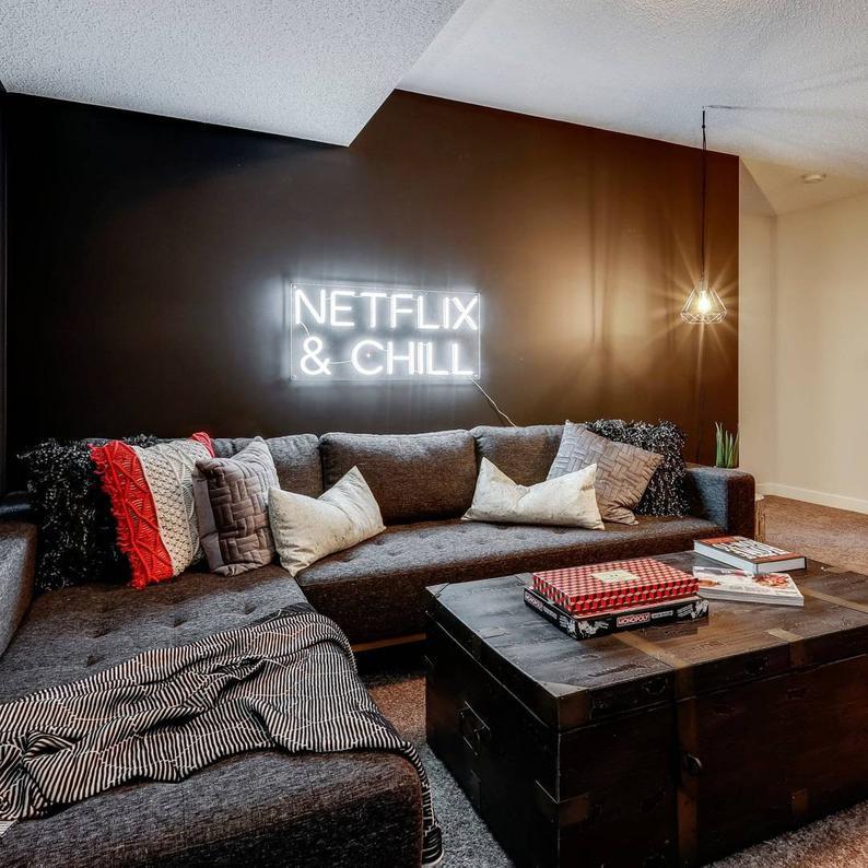 Netflix Chill Neon Sign Neon Light Home Decor Etsy Home Decor Decor Home #neon #sign #living #room