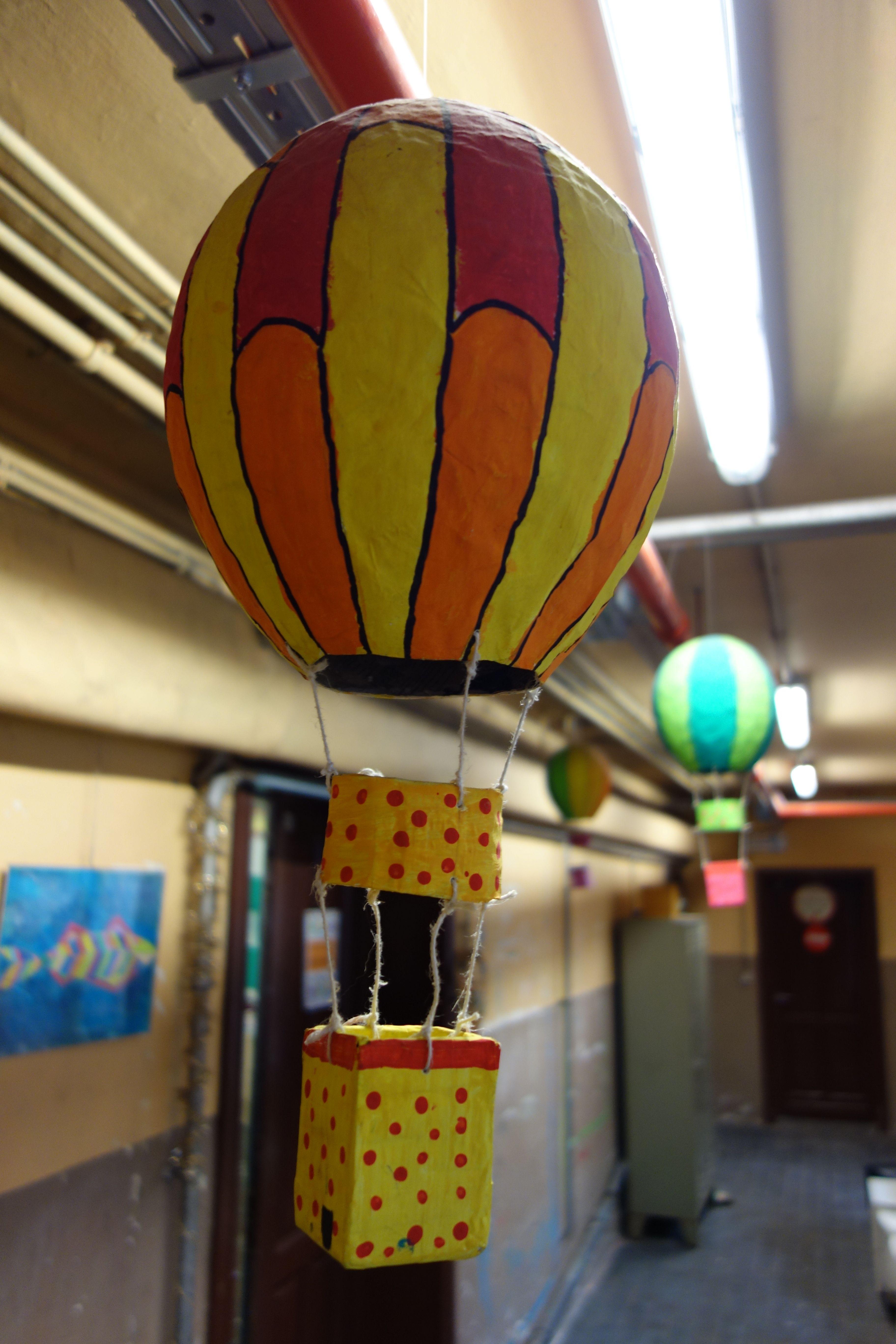 Montgolfi re en papier m ch bricolages enfants pinterest - Montgolfiere en papier ...