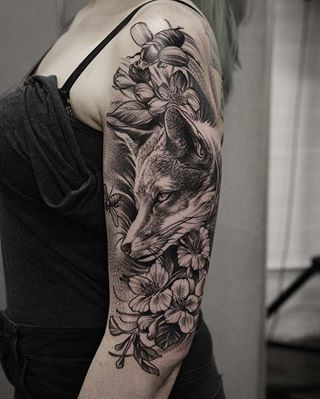 This beautiful vixen, and her tattoo. | 22 Magical Scottish Animal And Nature Tattoos That You'll Love