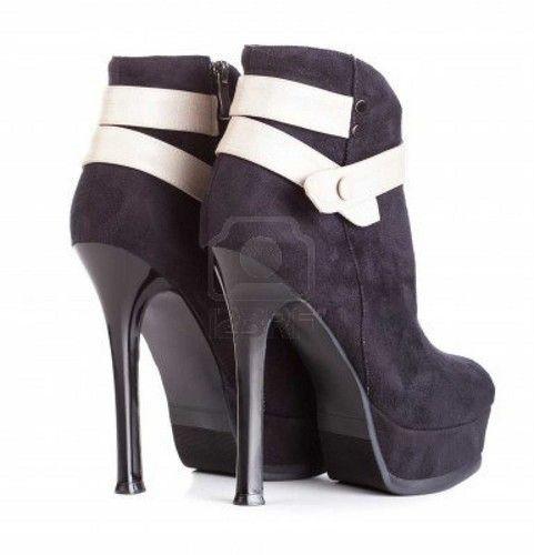 Women's Shoes Photo: High heels