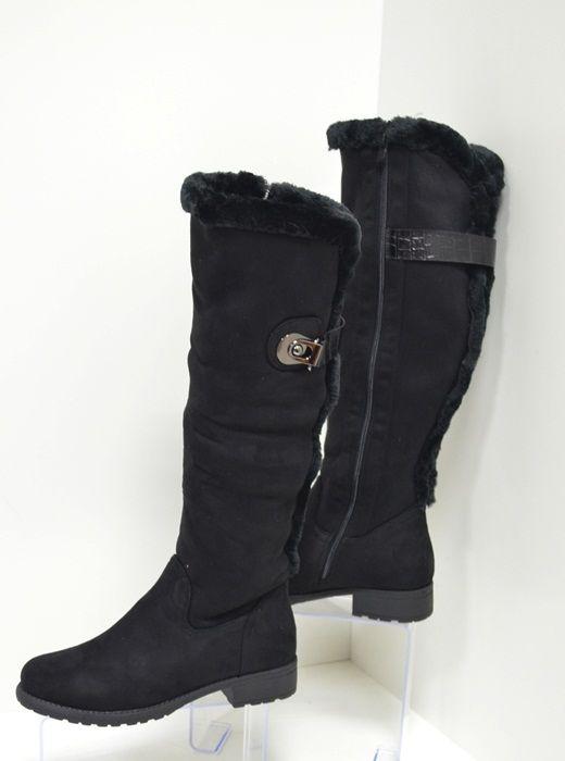 fc563a0924c Дамски ботуши с височина до коляното изработени от еко велур в черен цвят.