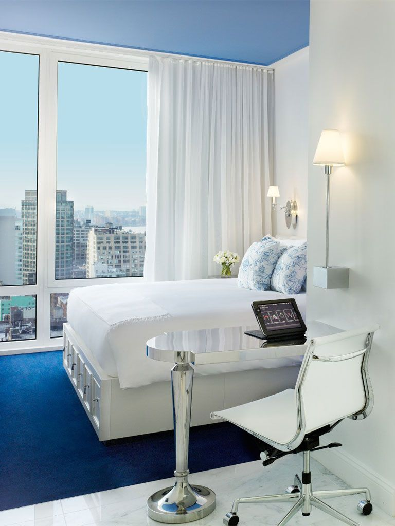 I really want to stay at the Mondrian Soho!!!