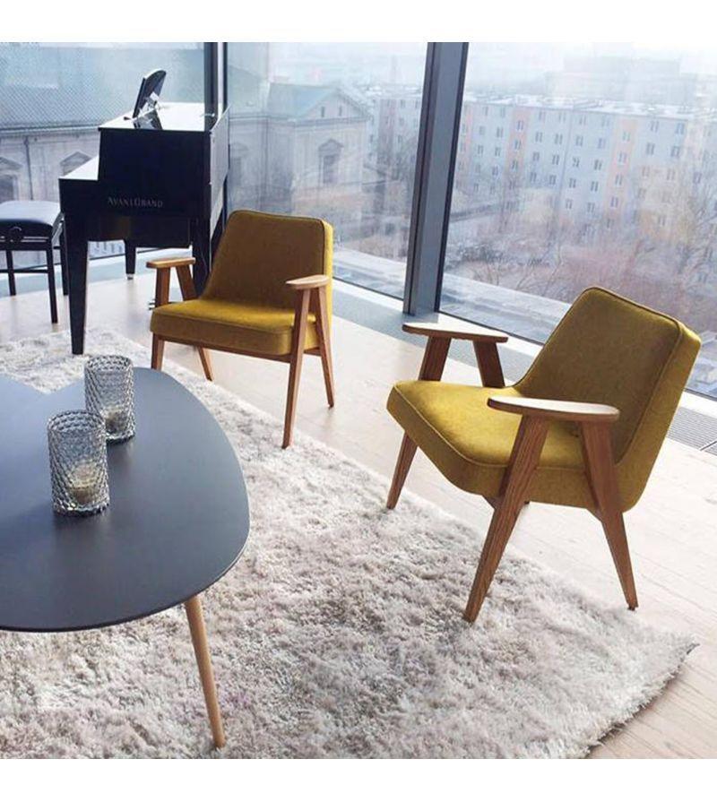 Le Fauteuil 366 Wool De La Marque 366 Concept Est Une Reedition Du Celebre Fauteuil 366 Du Desig Fauteuil Salon Design Decoration Salon Sejour Fauteuil Vintage