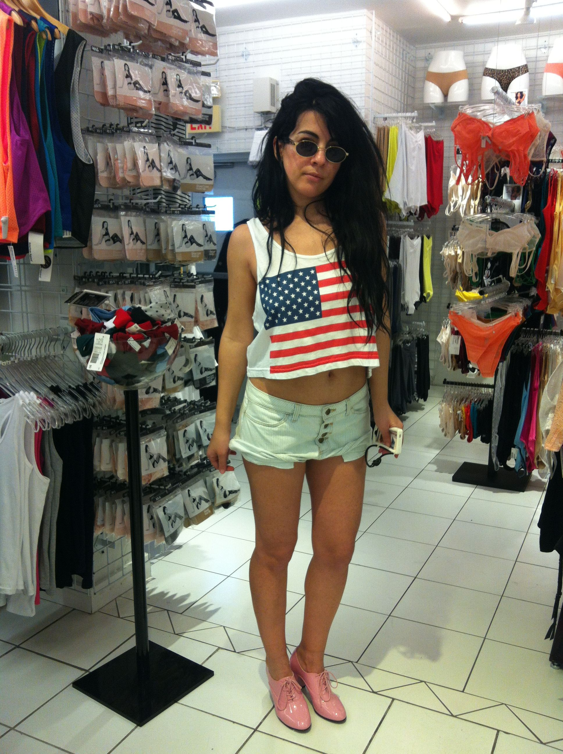 Outfit in American Apparel Miami Beach ... I love it ...