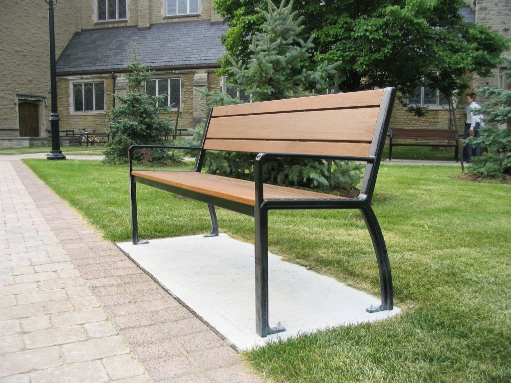 Magnificent Maglins Mlb970 Park Bench Looks Great At Yorkminster Church Gmtry Best Dining Table And Chair Ideas Images Gmtryco