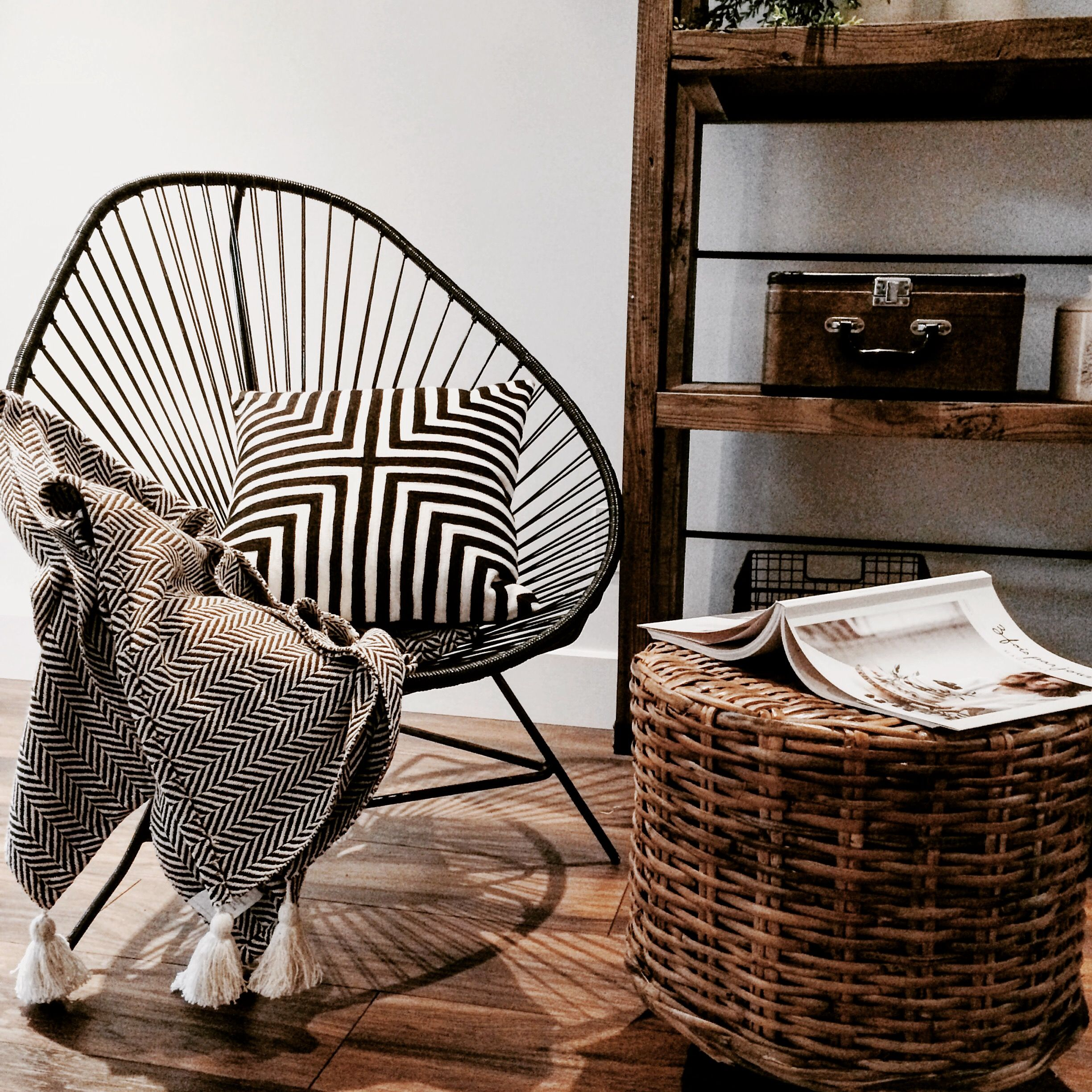 Acapulco chair - black and white with wood tone accessories. By Vision (TM)