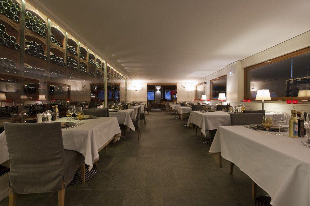 Il ristorante www.blog.concretasrl.com/hotel-principe-delle-nevi-concept/ - www.concretasrl.com/view/progetti/hotel-principe-delle-nevi