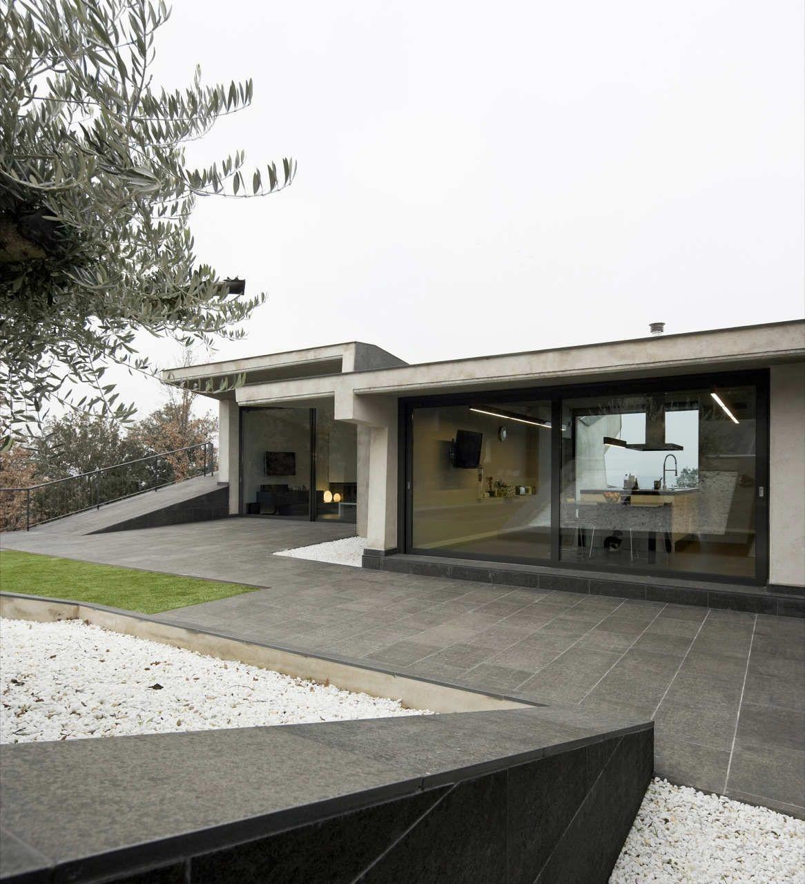 6 Modern Concrete Homes   Inspiration   Modlar.com