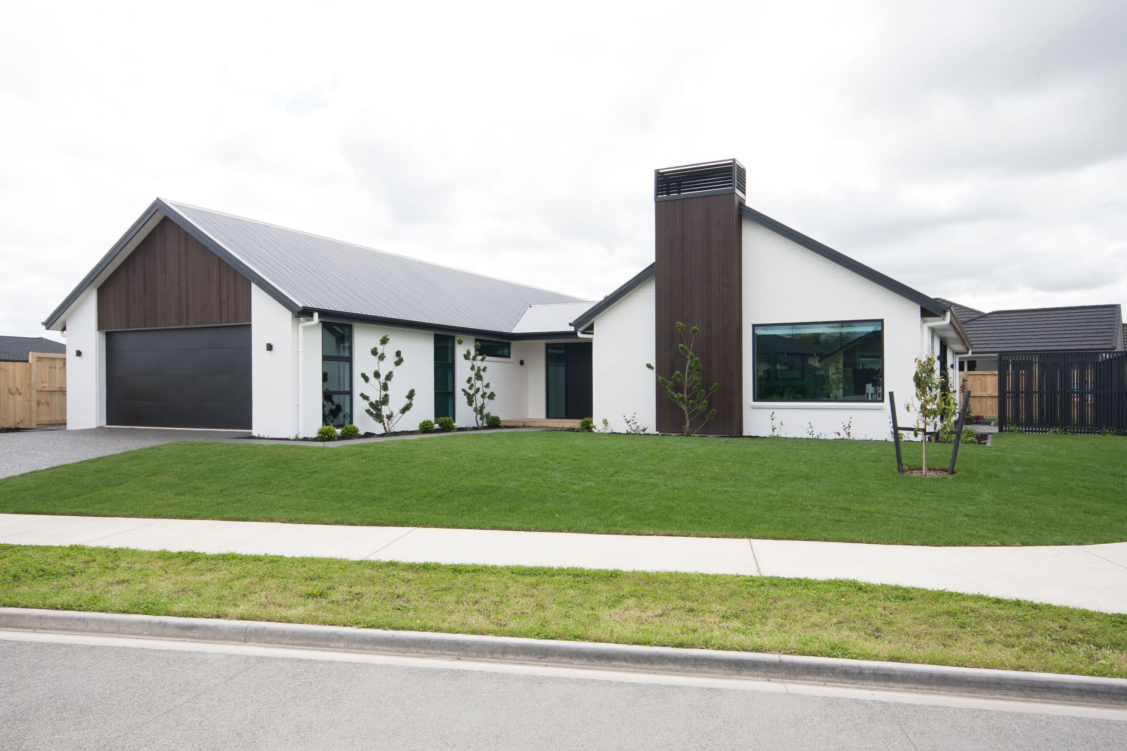 Stunning Gable Roof Design In Corrugated Coloursteel Longrun House Cladding House Exterior Dream House Exterior