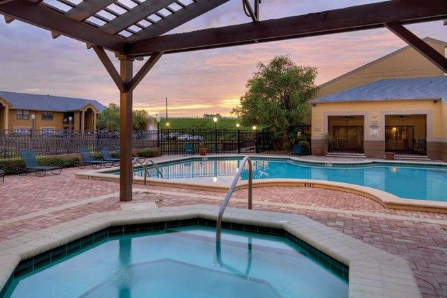 Apartment for Rent Orlando | Screened in patio, Apartments ...