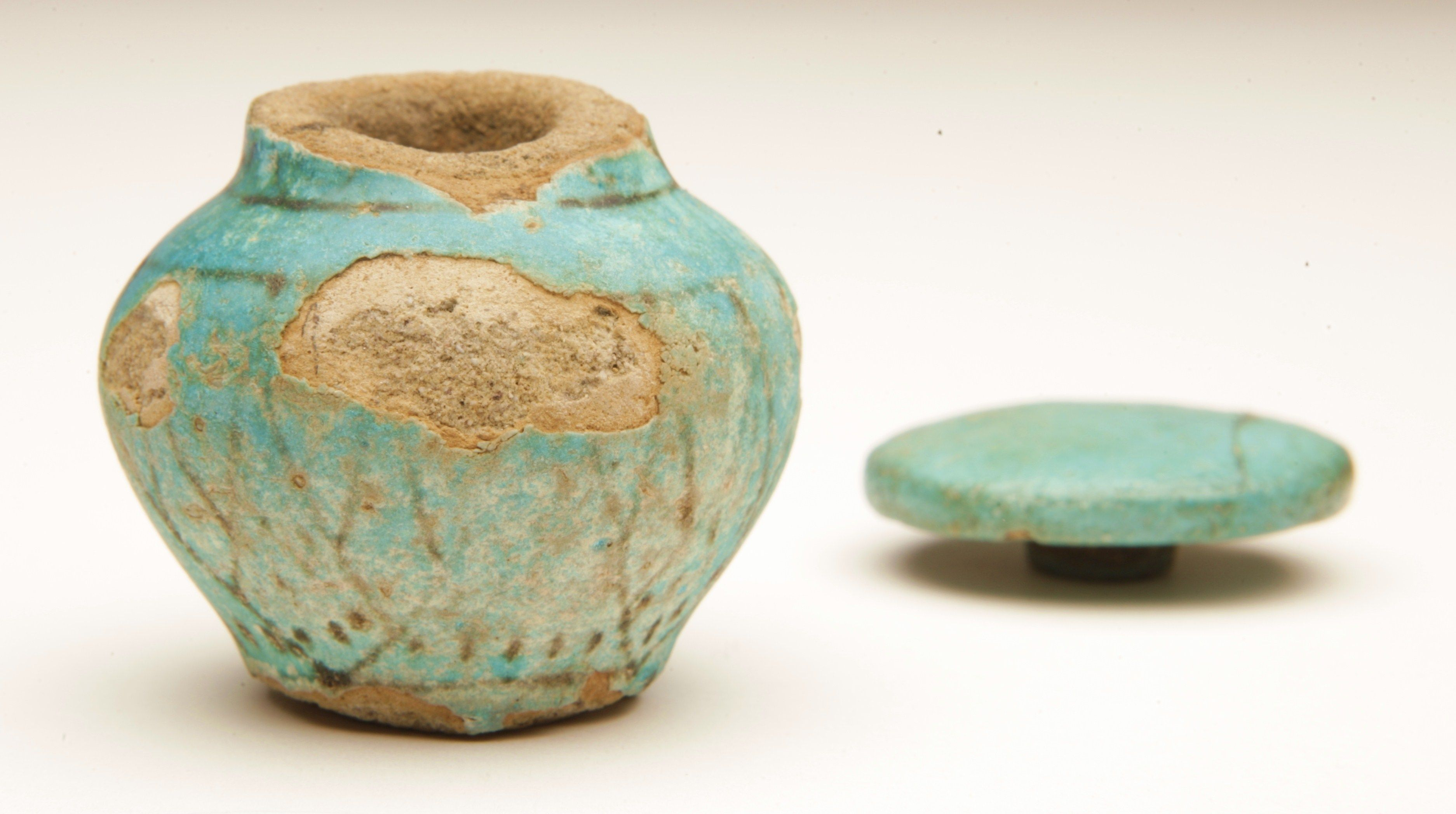 Curator s diary making ancient egyptian faience