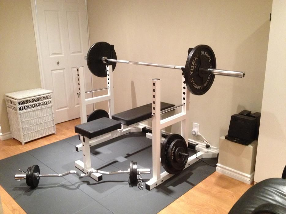 York Pro Series Squat Rack Bench Press Eze Curl Bar And Weights Orleans Ottawa Gimnasio Ejercicios