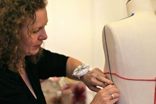L'Amour en Soie à Lyon avec Sylvie Mallinger, créatrice de robes de mariée