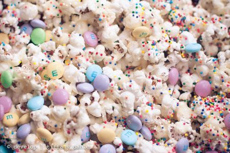 The Ultimate School Party Treat: No cupcake rule at your school? No problem! Try this birthday cake flavored popcorn mix for your kid's next treat. Totally addictive!