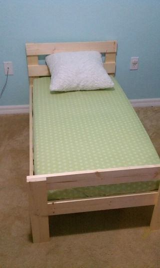Best Simple Stylish Toddler Bed For Under 40 Diy Toddler 400 x 300
