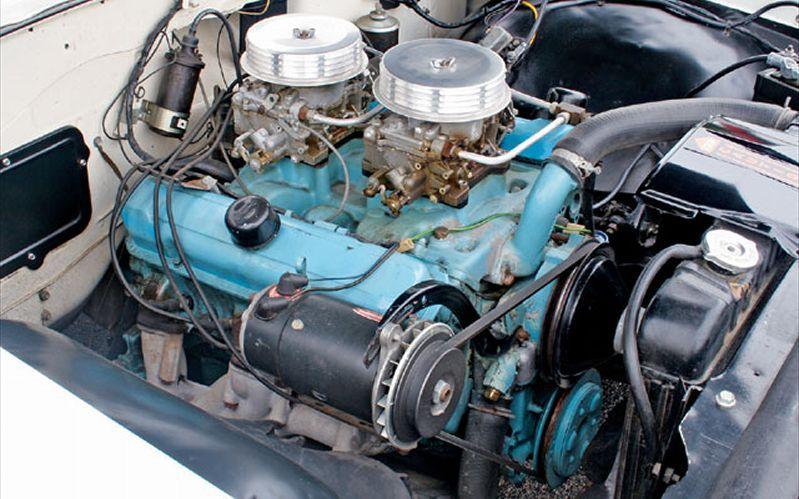 1962 Pontiac Catalina 421 Super Duty Engine Bay