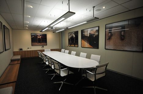 Ultra modern meeting room interior design ideas offices for Meeting room interior design ideas