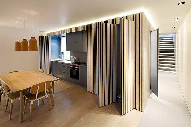 apartamento met verborgen keuken en berging enz..
