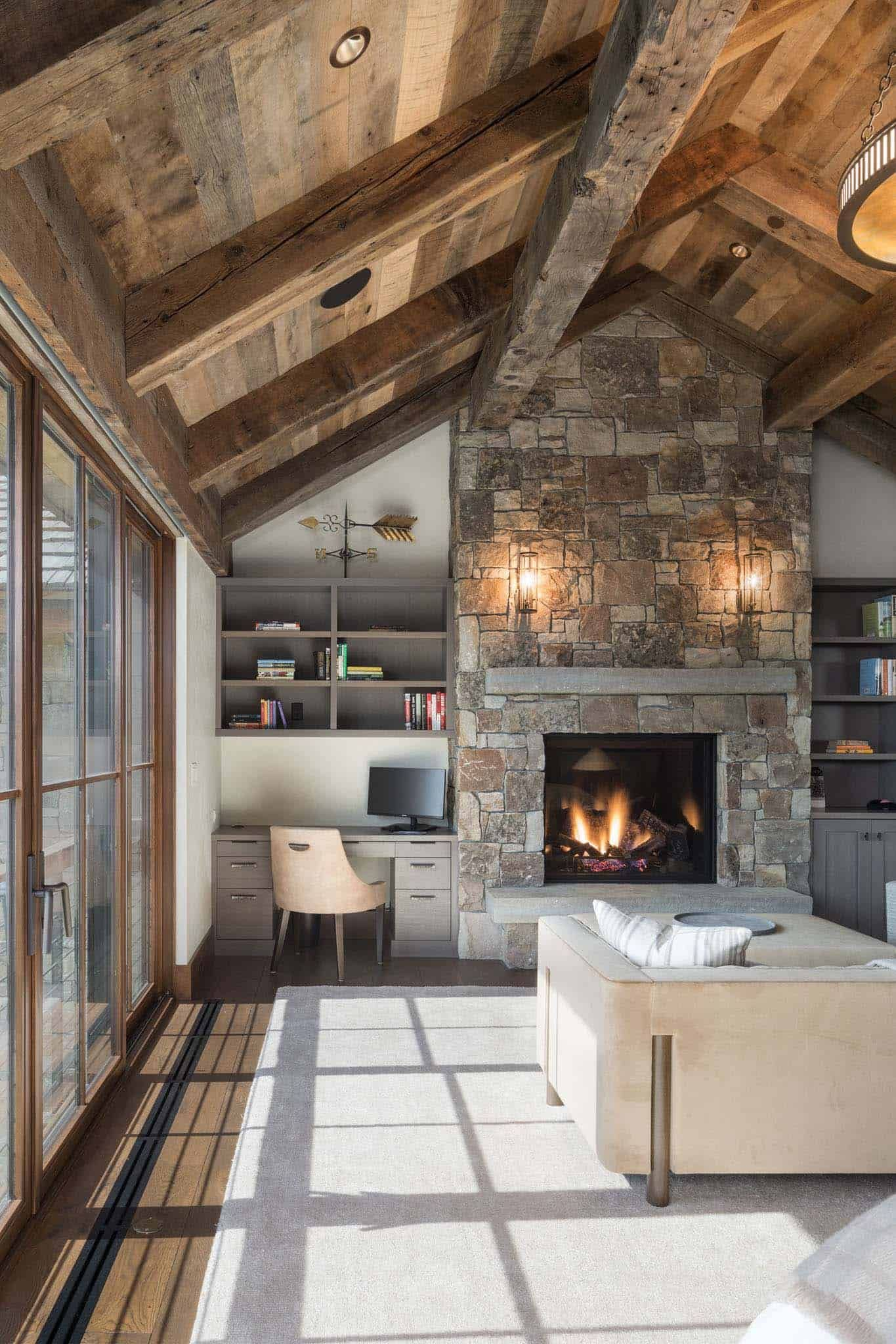 Delightful Rustic Home In Wyoming With A Dramatic Mountain Backdrop Rustic Living Room Design Rustic Home Design Modern Rustic Living Room