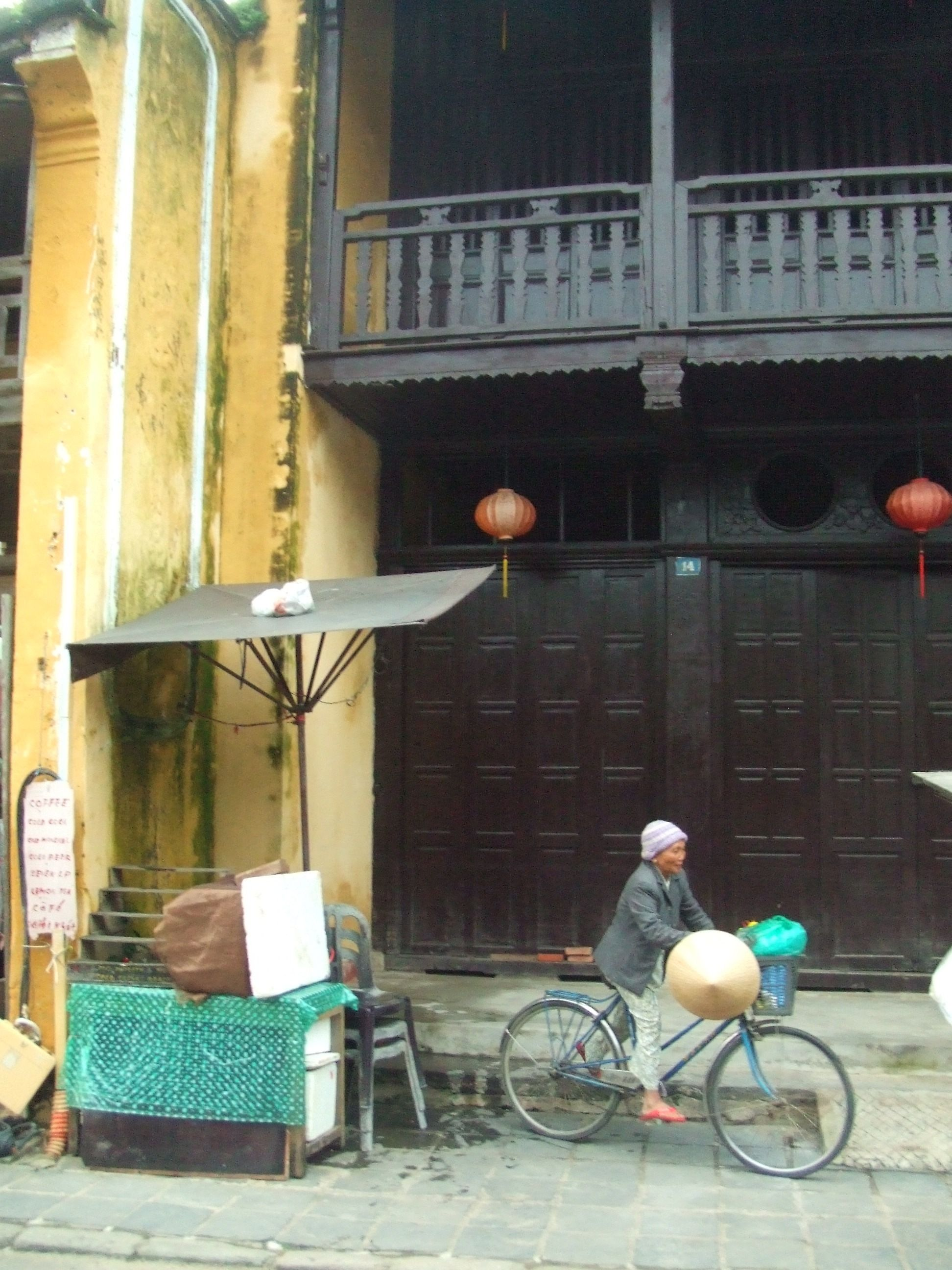 Hoi An, Vietnam by yourguideboba.com