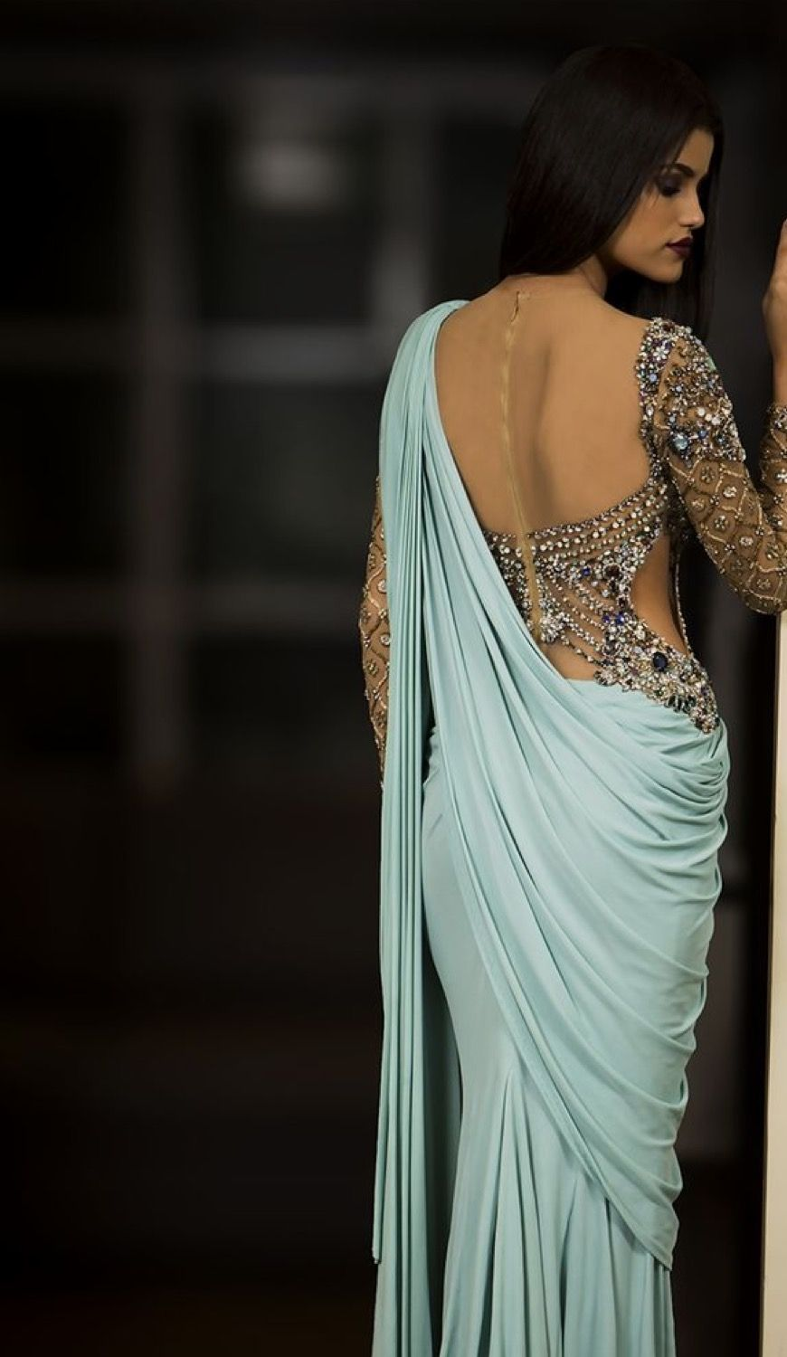 Pin by Dini De Alwis on VOGUE | Pinterest | Saree, Indian fashion ...