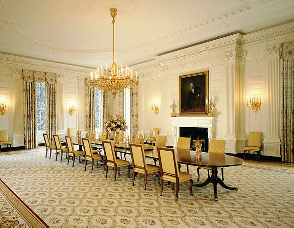 This Photograph Of The State Dining Room By Bruce White Was Taken In 2010 During The Barack Obama A Luxury Dining Room Beautiful Dining Rooms Dream Dining Room