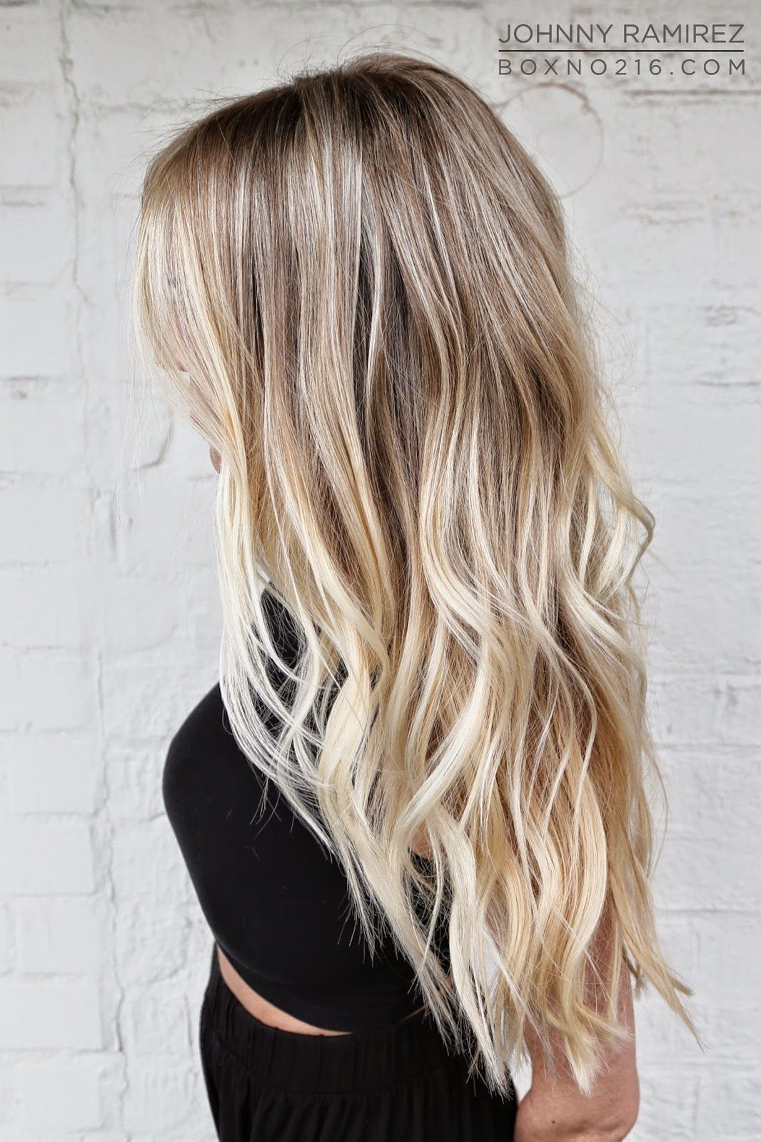 Ladies couch blonde hair with black ends