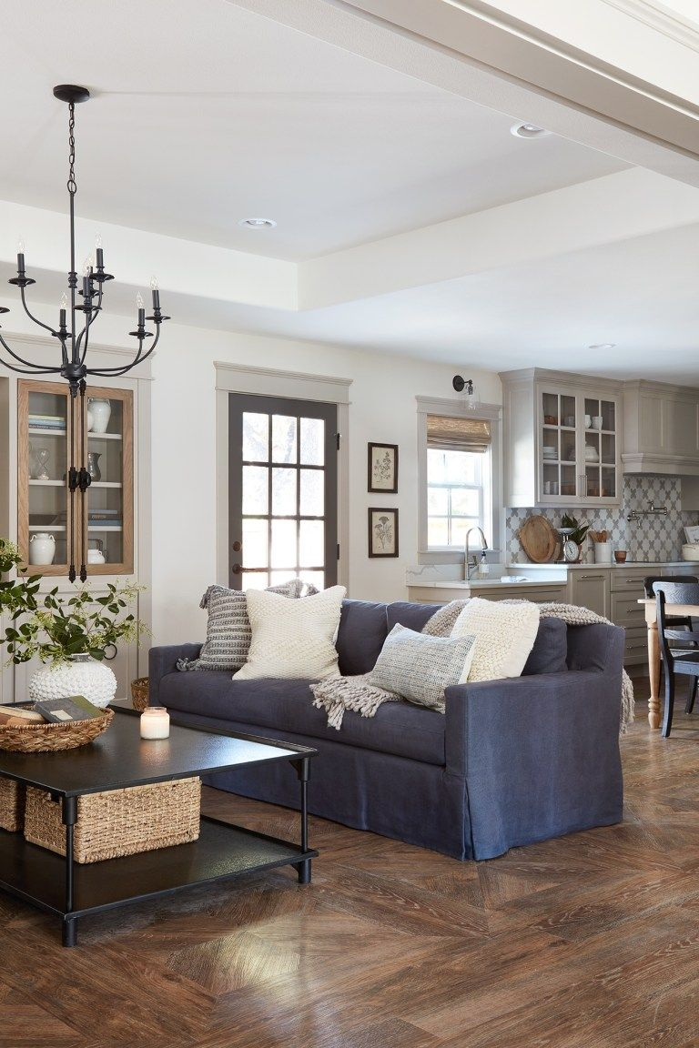 the copp house from fixer upper  fixer upper living room
