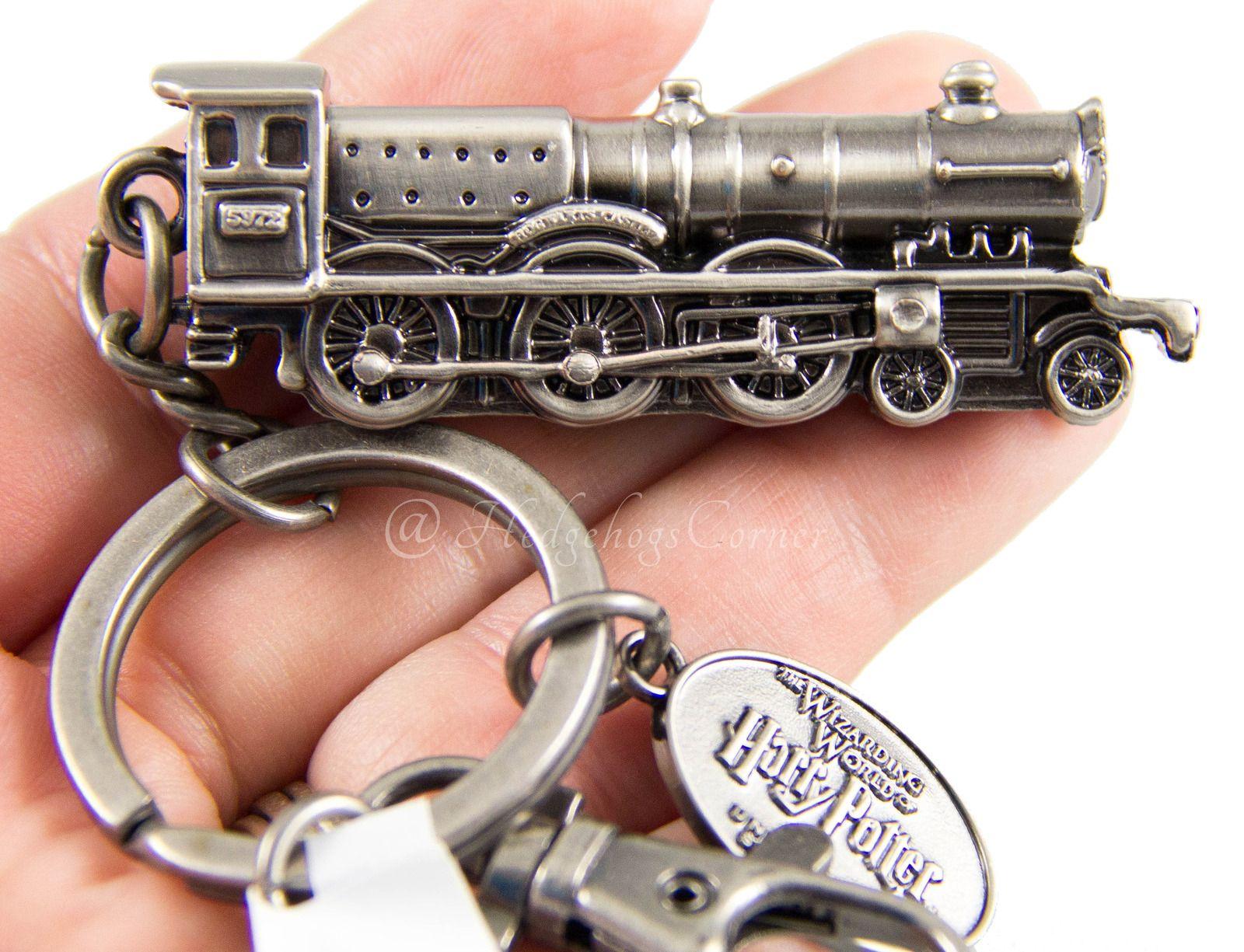 metal 4 charms castle snake tree train hogworts Harry Potter themed keyring