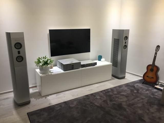 Nice and sleak Burmester set up in a living room in Italy  #highend