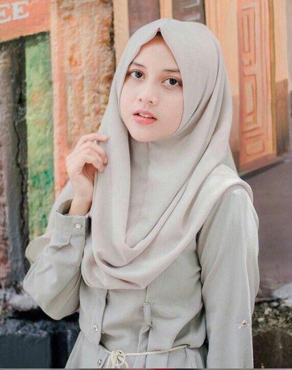 Pin oleh raph Sodhy di Kerudung :* | Wanita, Wanita cantik