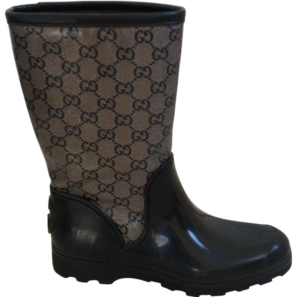 Have you fallen in love with any of the Rubber Boots from the brandname GUCCI? Description from vestiairecollective.com. I searched for this on bing.com/images