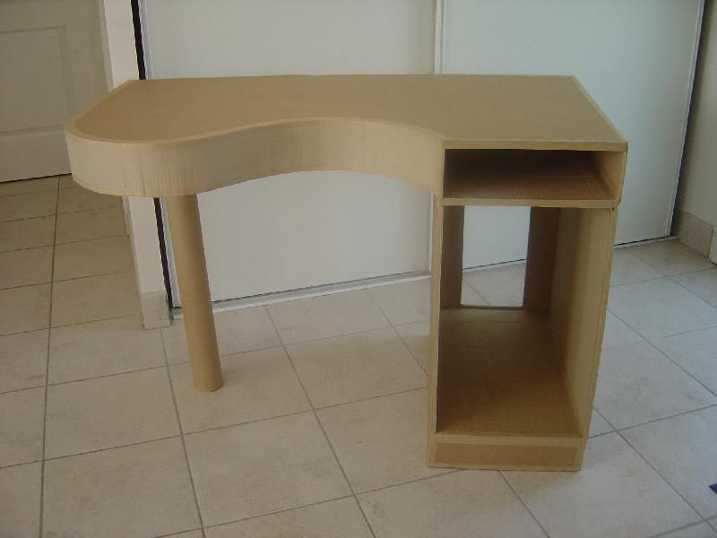 Tutoriel fabriquer un bureau en carton créations en carton