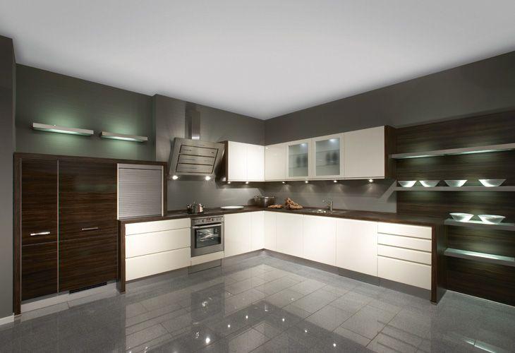 Küche In Dunklem Holz #Holzküche #Eckküche Www.Dyk360-Kuechen.De