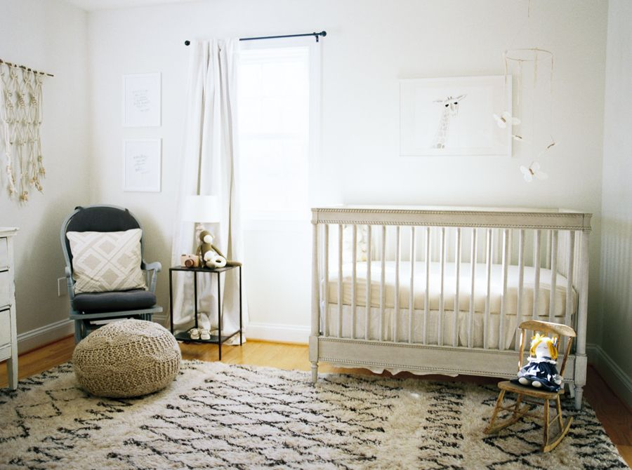 Photography : Kate Ignatowski Read More on SMP: http://www.stylemepretty.com/living/2016/03/04/a-warm-cozy-neutral-nursery/