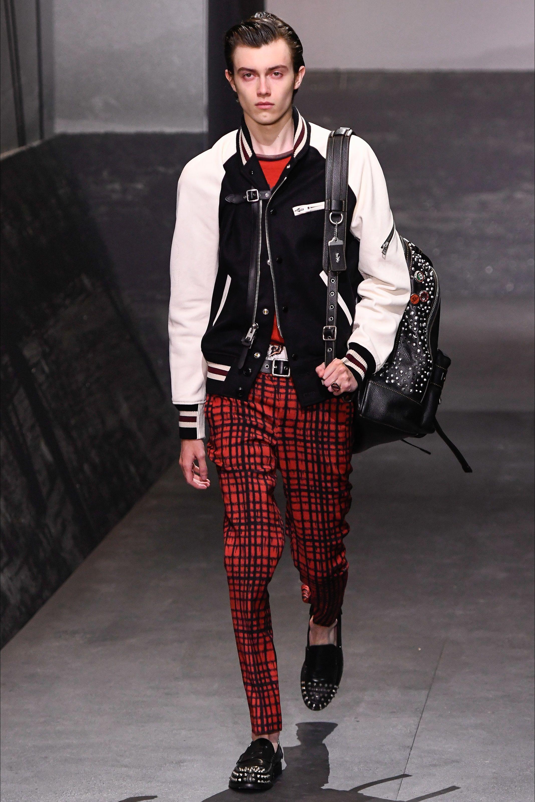 Sfilata Moda Uomo Coach 1941 Londra - Primavera Estate 2017 - Vogue