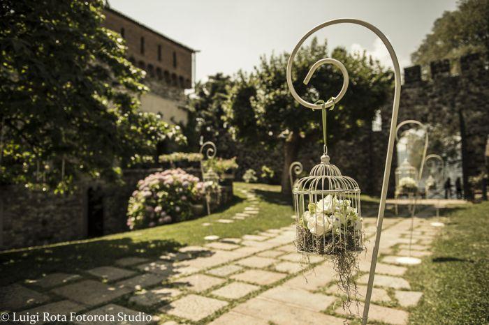 Ideale location per matrimoni il Castello di Rossino a Calolziocorte in provincia di Lecco offre davvero molti spunti e angoli caratteristici per immagini originali ed uniche, con un ampia vista da…